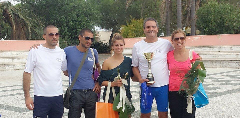 Foto atleti premiati con trofeo di Società